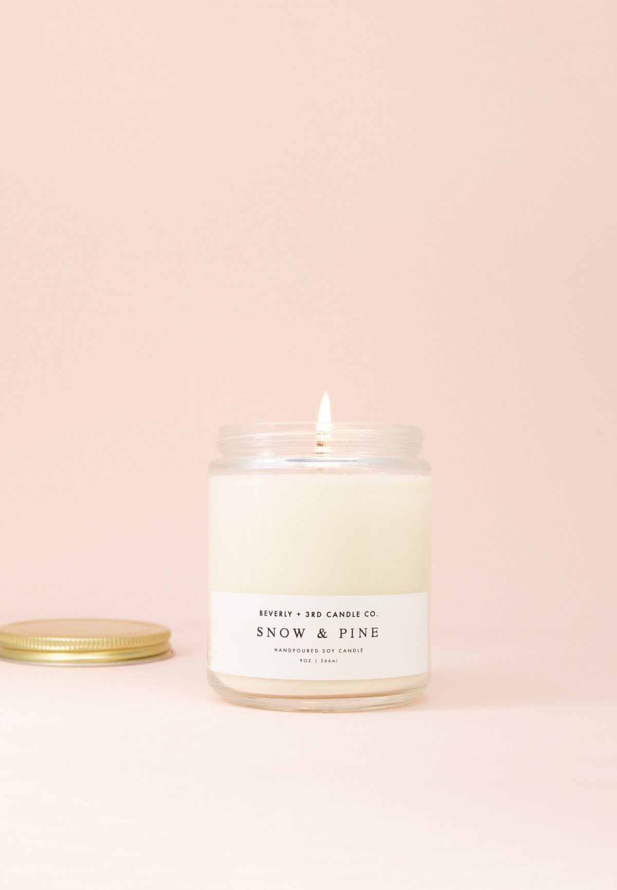 SNOW & PINE Soy Candle   Wood Wick, Scented, Hand Poured   Wholesale, Bulk Order